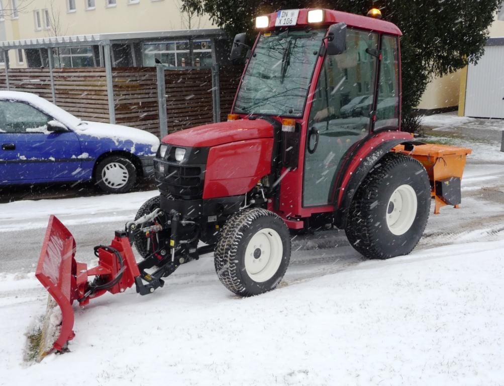 K_Traktor_Winterdienst_2